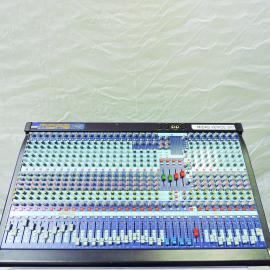 MIDAS VENICE 320 Audio Console 32 CH