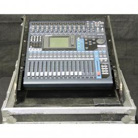 Yamaha 01V96 Multi Channel Audio Mixing Console