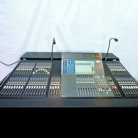 YAMAHA M7CL48 Digital Audio Console
