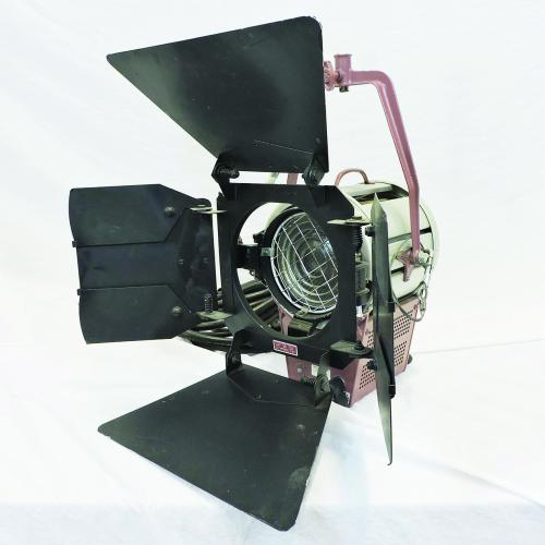 Mole Richardson  Molequartz Baby Junior Solarspot 2,000 Watt