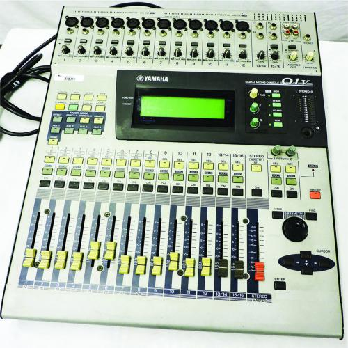 Yamaha 01V Digital Audio Mixing Console