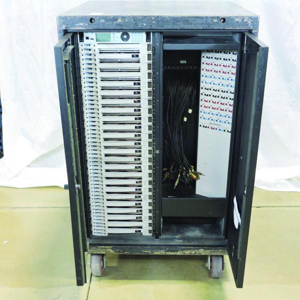 ETC Sensor 3 Dimmer Rack 48 x 2.4K - 400A 2 Patch