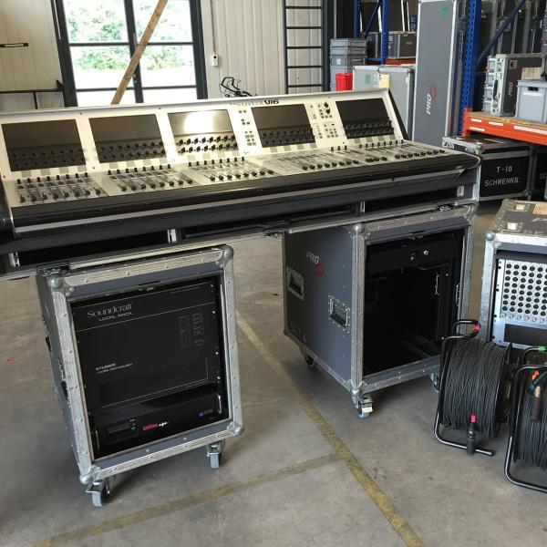 Soundcraft Vi6 System