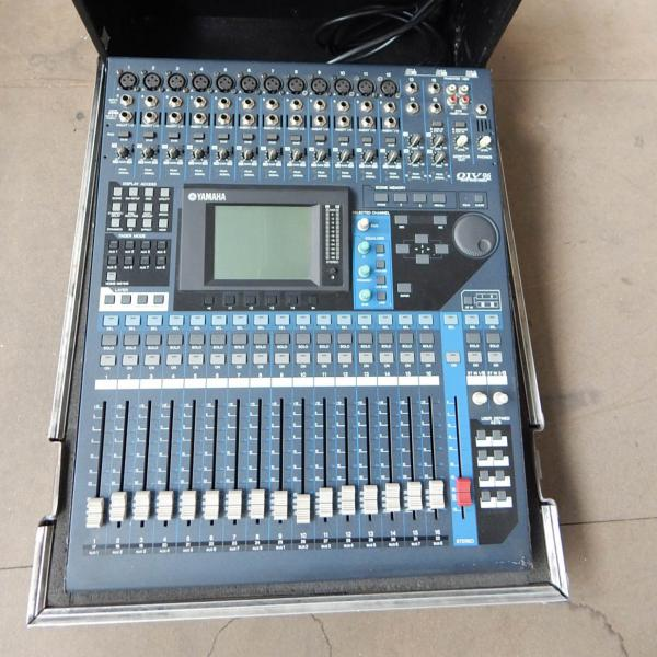 Yamaha 01V96 v2 Console