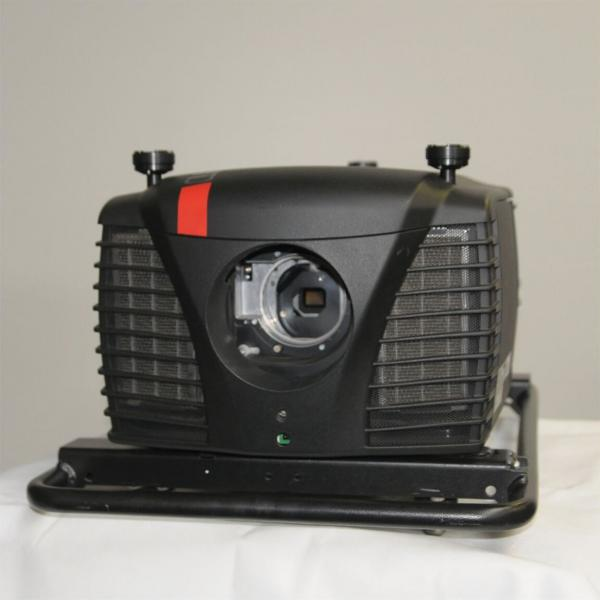 Barco CLM R10+ Video Projector